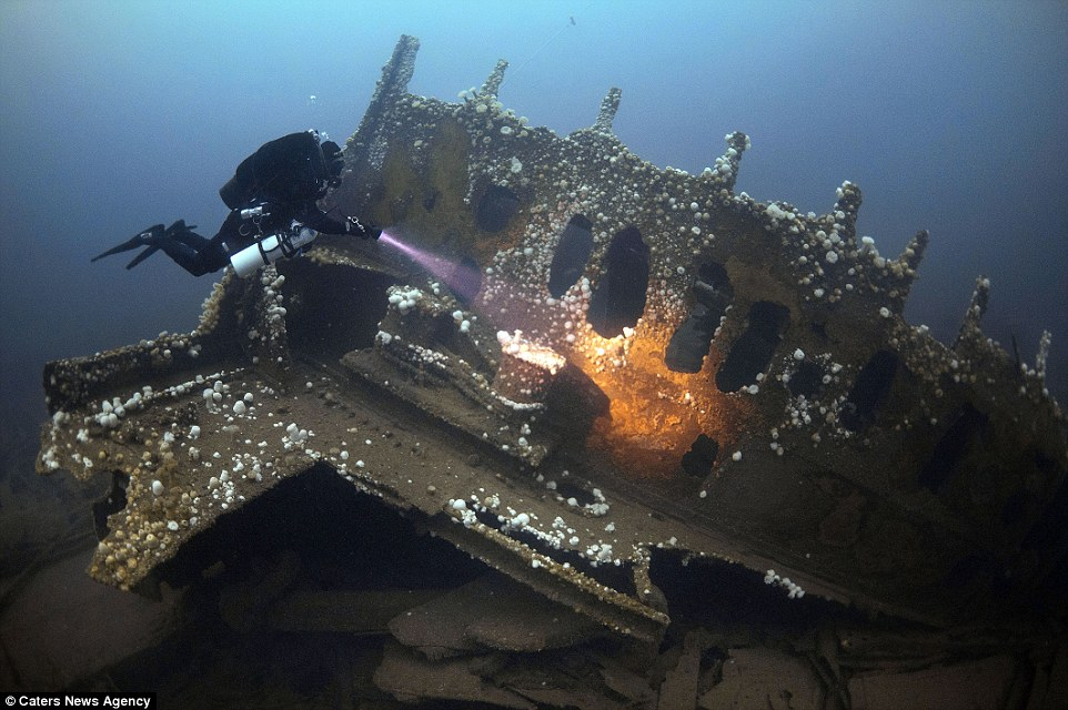 National Monuments act on Diving on wrecks over 100 years old